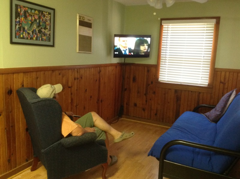 One bedroom cabin living room