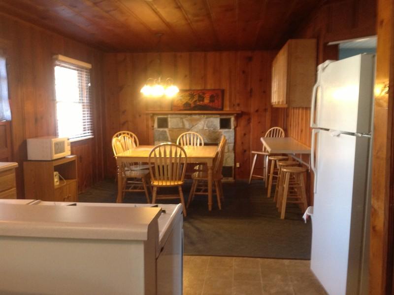 Cabin 3 Dining Room