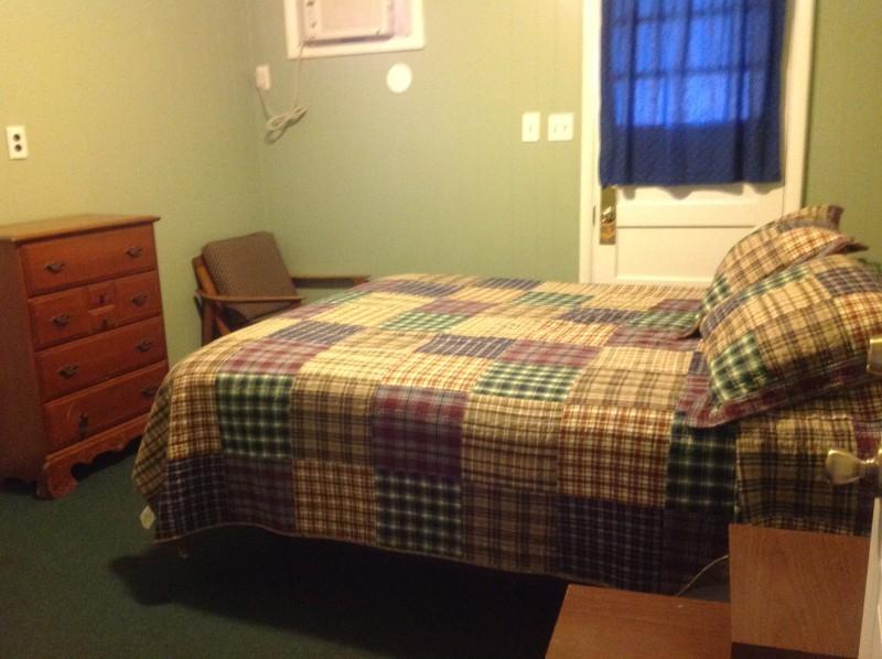 Cabin 3 Queen Bedroom